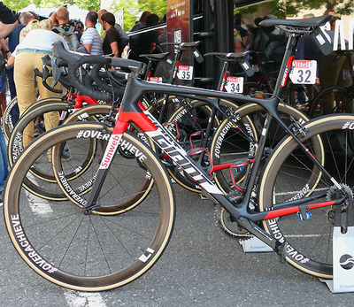 "Foto zu dem Text ""Black Beauty: Tom Dumoulins Giant TCR SL"""