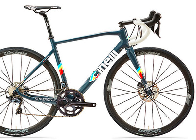 "Foto zu dem Text ""Cinelli: neuer High-End-Carbon-Renner ""Superstar"""""