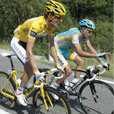 Contador Challenged Schleck in Mende